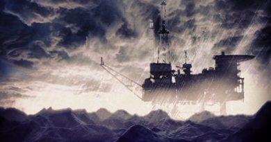 Le pétrole poursuit sa descente aux enfers