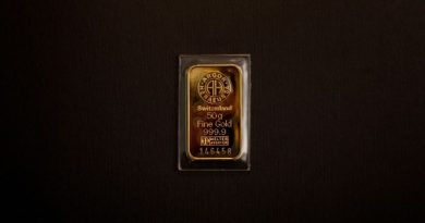 L'or : l'arme au pied