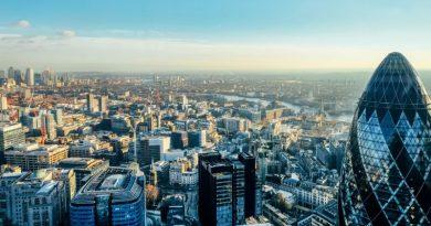 Dans une City de Londres désertée, des bureaux transformés en logements